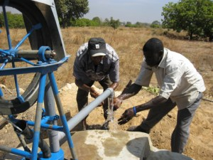 Conclusion of 52 Pumps in 52 Weeks – Senegal – Project 17 – Faraba, Moringa Garden