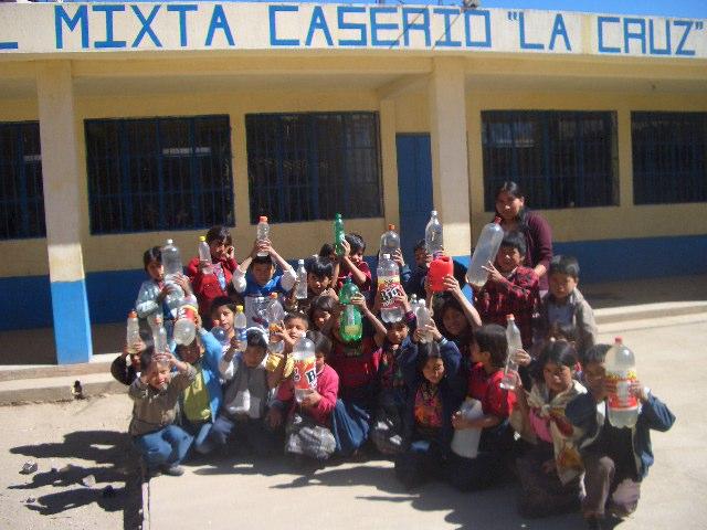 Escuela Oficial Rural Mixta La Cruz - Guatemala