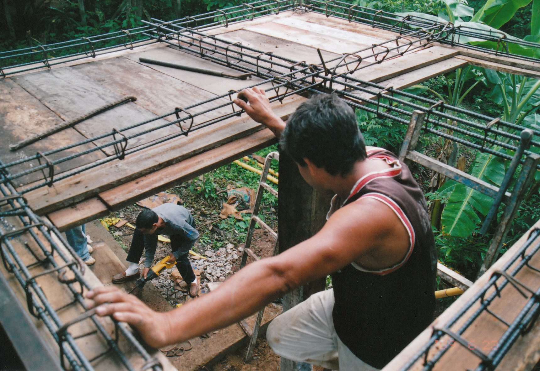 Platform Construction Los Mangos Clinic