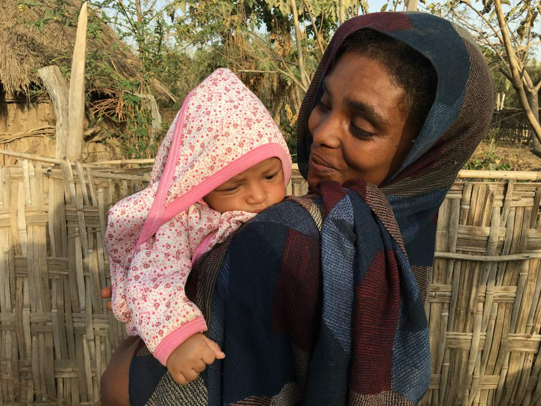 Adulala Village Woman & Infant, Ethiopia (Solar Water Pump Project)